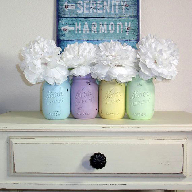 9-spring-home-decor-decoration-ideas-flowers-vintage-handmade-painted-jars-vases-wood-board-sign
