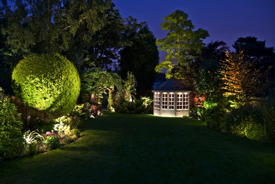 1-4-outdoor-garden-landscape-lighting-ideas-spotlighting-plants-trees-uplights-in-ground-gazebo-round-tree-trimmed