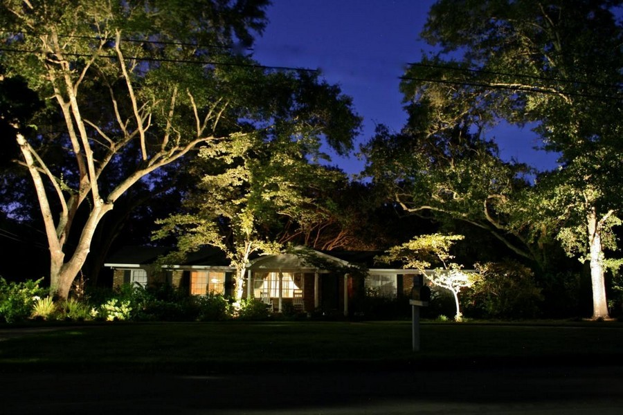 Landscape Lighting Ideas Trees : Outdoor lighting inspiring ideas amazing photos
