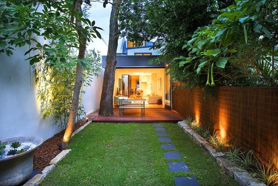 1-9-outdoor-garden-landscape-lighting-ideas-spotlighting-plants-trees-uplights-bullet-lights