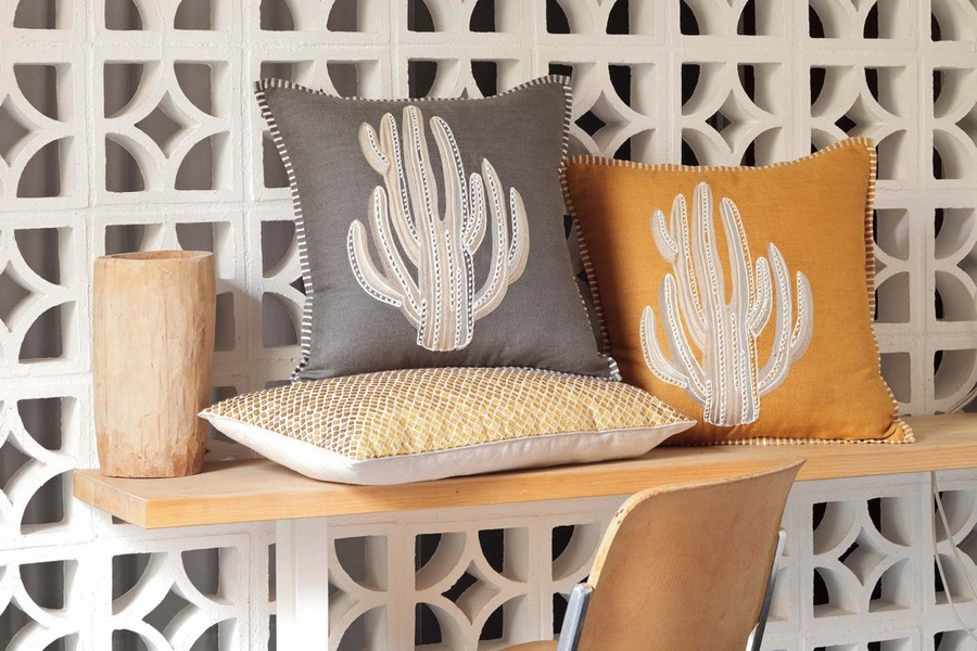 10-Yves-Delorme-Paris-France-new-collection-home-textile-summer-2017-decorative-couch-throw-pillows-cactus-cacti-pattern-yellow-gray