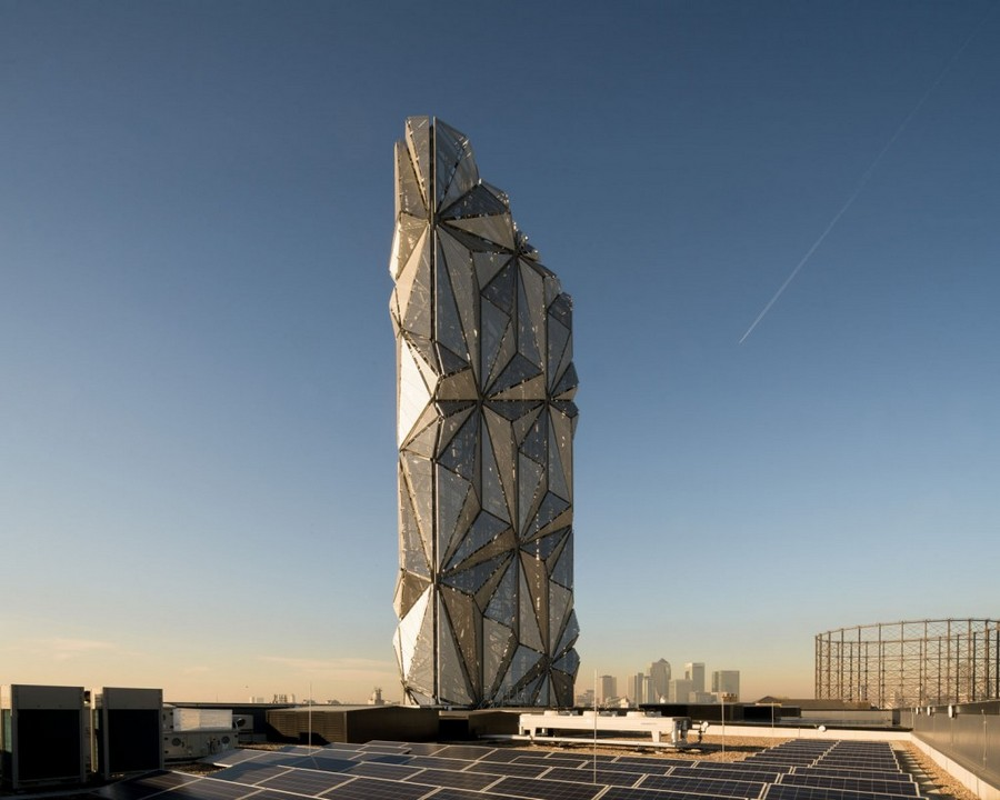 2-1-Low-Carbon-power-energy-centre-London-Greenwich-tower-modern-architecture