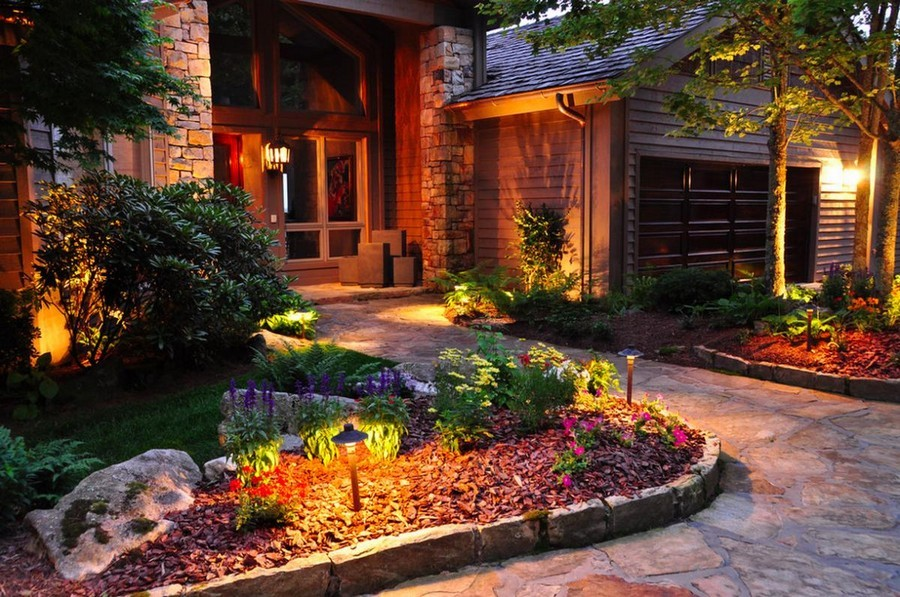 2-1-outdoor-garden-landscape-lighting-ideas-path-lights-walkway-illumination-mini-lamp-posts-lanterns