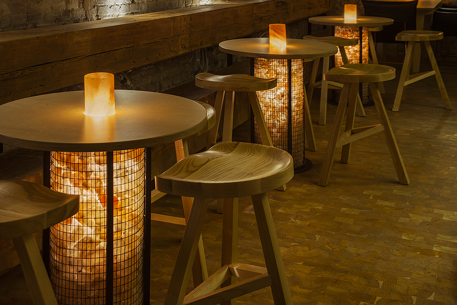 2-3-craft-beer-bar-interior-loft-Scandinavian-style-furniture-wooden-bar-stools-round-tables-Himalayan-salt-bricks-lights-masonry-wall