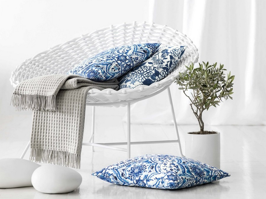 3-Togas-Greek-home-textile-new-collection-2017-Santorini-white-blue-pattern-paisley-decorative-throw-couch-pillows-arm-chair