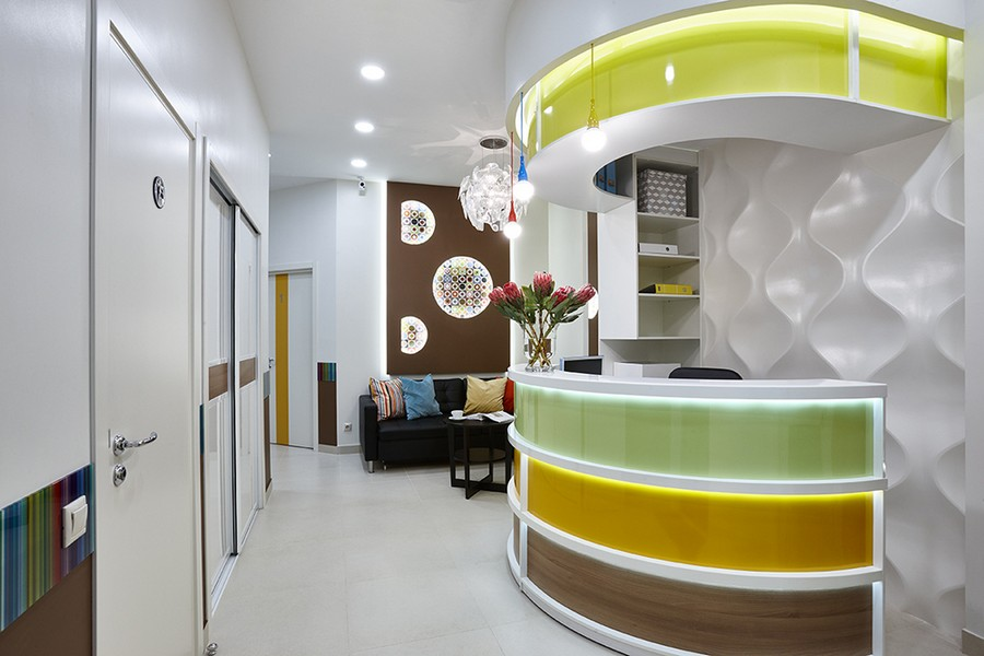 3-bright-multicolored-doctor\u0027s-dentist\u0027s-office-dental-clinic- Dental Office Interior Design