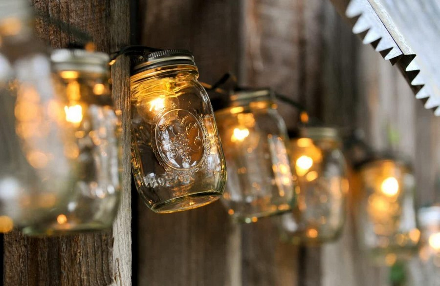 4-3-outdoor-garden-landscape-lighting-ideas-rope-string-holiday-lights-bulbs-mason-jar-hand-made