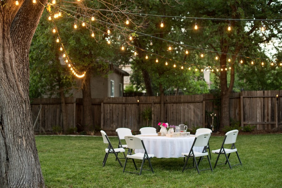 outdoor garden landscape lighting ideas rope string holiday lights