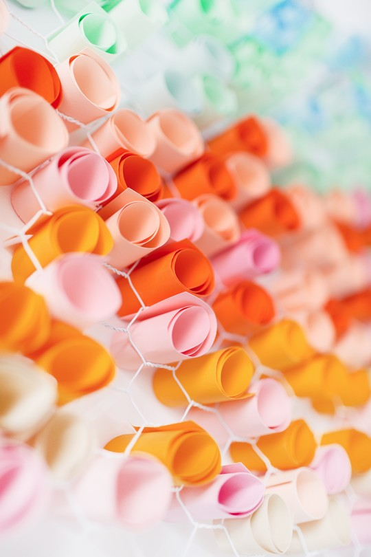 4-DIY-handmade-piece-of-wall-art-picture-colored-craft-paper-rolls-inserted-into-metal-net-with-hexagonal-holes