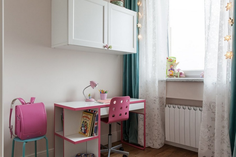 5-1-contemporary-style-toddler-room-girl's-kids-bedroom-interior-work-area-white-desk-pink-wheeled-chair-white-top-cabinets