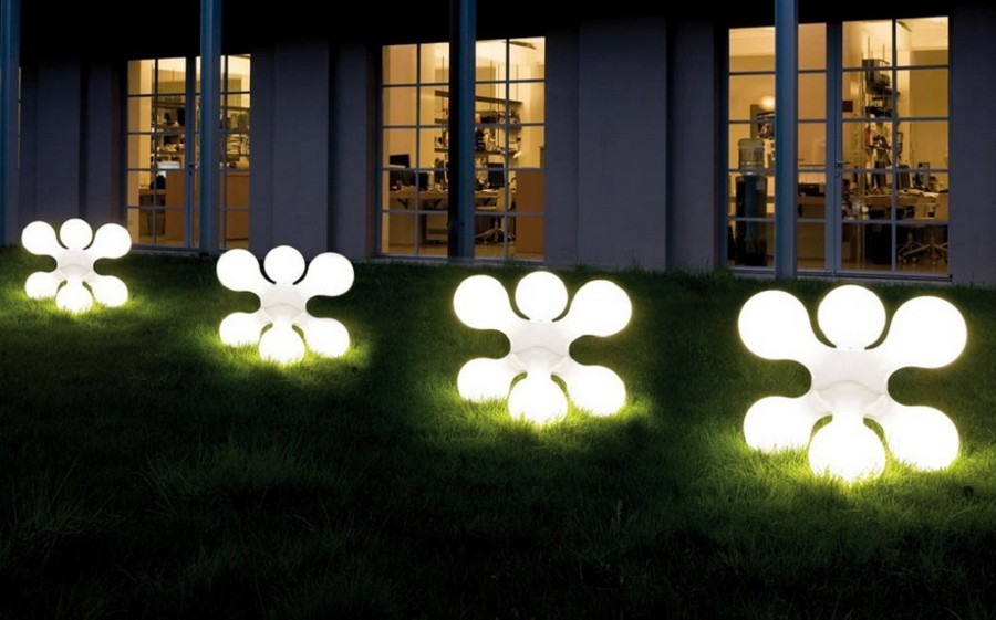 5-4-outdoor-garden-landscape-lighting-ideas-ornamental-lights-architectural-forms-sculptures-installations