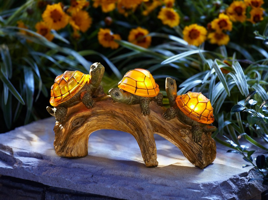 5-8-outdoor-garden-landscape-lighting-ideas-ornamental-lights-turtles-lanterns-statues