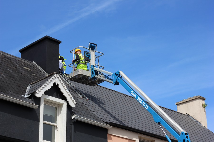 6-cherry-picker-roof-chimney-cleaning