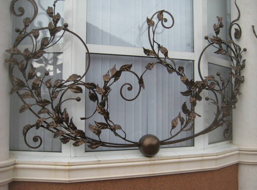 0-home-security-safety-bar-wrought-iron-blacksmith-window-security-bar
