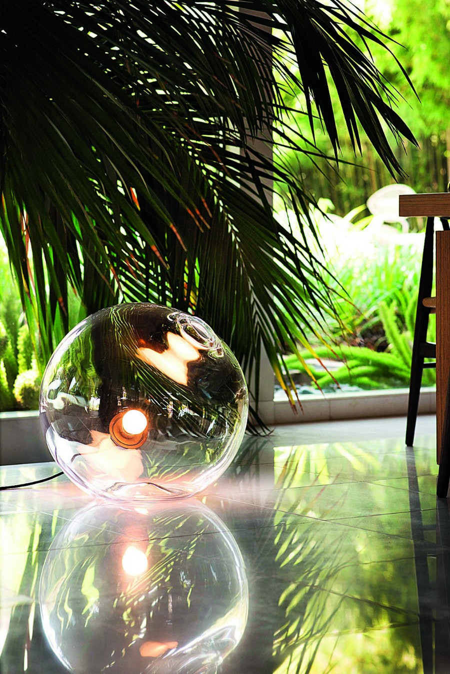 1-1-Float-Lamp-by-Sklo-Czech-spherical-glass-shade-round-circular-floor-table-desk-hand-blown-incandescent-light-bulb