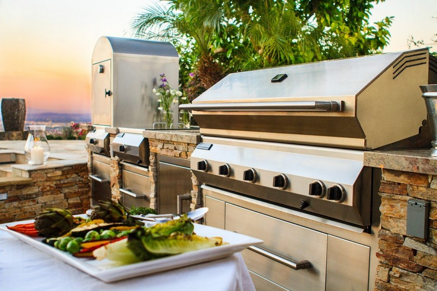 How to organize a summer kitchen tips ideas and photos for Outdoor kitchen equipment