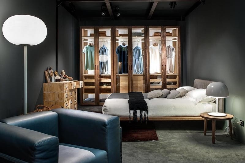 2-2-Riva-1920-new-collection-of-contemporary-style-furniture-at-Salone-de-Mobile-Exhibition-Milan-2017-gray-and-blue-bedroom-interior-design-bed-arm-chair-walk-in-closet-chest-of-drawers