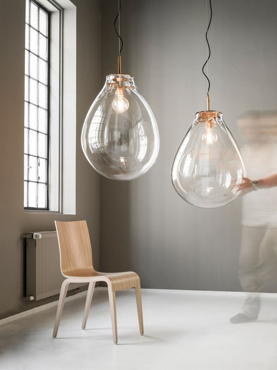 4-1-TIM-Lamp-designed-by-Olgoj-Chorchoj-for-Bomma-freely-blown-glass-shade-oversized-bulb-air-bubble-shaped-pendant-lamp