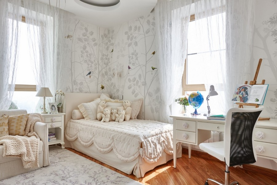 4-1-contemporary-style-interior-design-kids-toddler-room-bedroom-beautiful-total-beige-white-monochrome-two-windows-bed-arm-chair-cozy-bedside-table-bed-neo-classical-desk-drawers-wheeled-chair-globe-birds-wallpaper