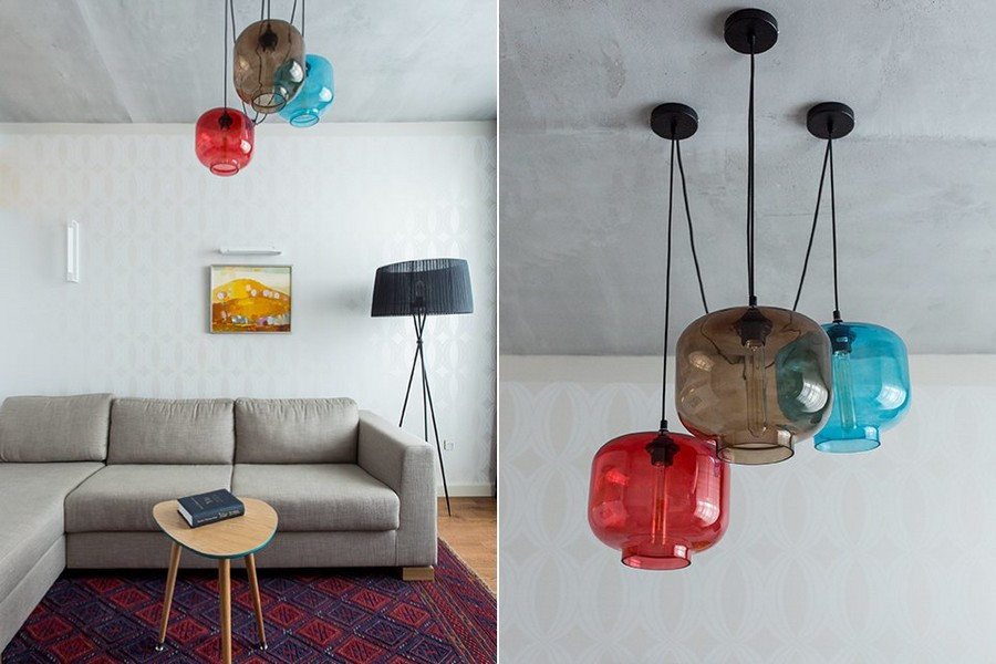 4-1-eclectic-living-room-interior-design-in-style-of-1950s-multicolor-pendant-lamps-white-wallpaper-indulgence-collection-by-harlequin-black-floor-lamp-beige-sofa-wooden-coffee-table-concrete-ceiling