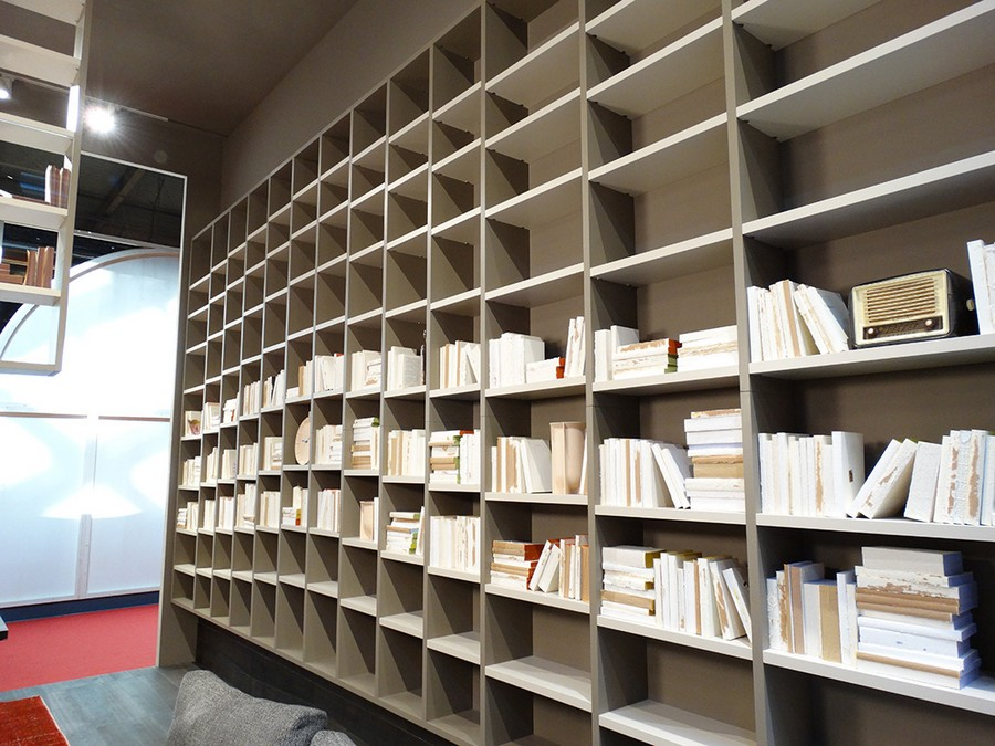 4-2-Lago-new-collection-of-contemporary-style-furniture-at-Salone-de-Mobile-Exhibition-Milan-2017-gray-big-home-library-ceiling-to-floor-bookshelves