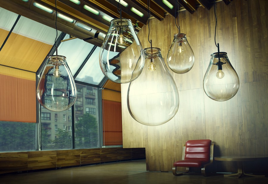 4-2-TIM-Lamp-designed-by-Olgoj-Chorchoj-for-Bomma-freely-blown-glass-shade-oversized-bulb-air-bubble-shaped-pendant-lamp