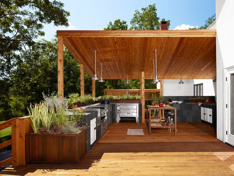 4-2-outdoor-summer-kitchen-interior-design-ideas-wooden-planks-terrace-metal-cabinets-steel-potted-flowers-pots-suspended-lamps-island