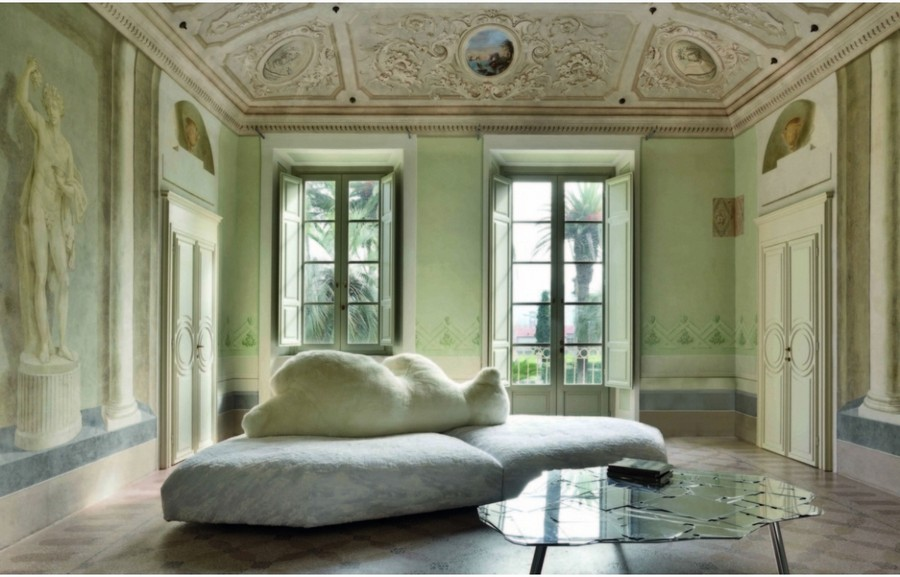 5-2-Edra-new-collection-of-contemporary-style-furniture-at-Salone-de-Mobile-Exhibition-Milan-2017-white-bear-shaped-sofa