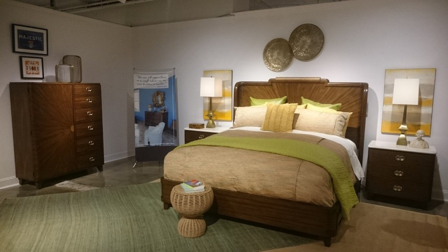6-2-Cuban-style-bedroom-suite-set-dark-wooden-bed-chest-of-drawers-with-cabinets-bedside-tables-lamps-nightstands-carpeting