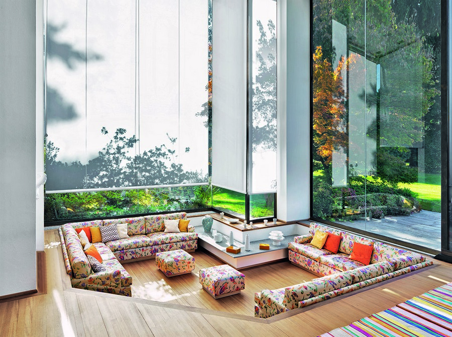 6-5-Missoni-new-collection-of-contemporary-style-furniture-at-Salone-de-Mobile-Exhibition-Milan-2017-big-floral-corner-sofa-padded-stools-couch-pillows-Chinese-style-living-room-panoramic-windows
