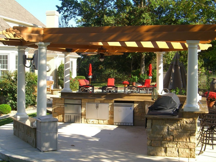 6-outdoor-summer-kitchen-interior-design-ideas-open-free-standing-isolated-separate-columns-stone-metal-cabinets-dining-area-stools