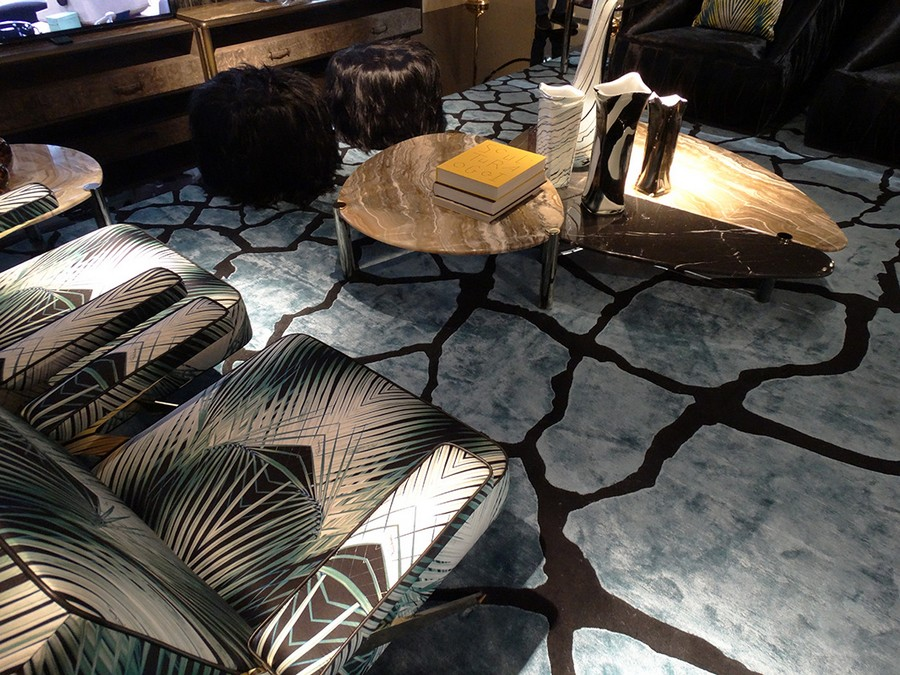 8-2-Roberto-Cavalli-Home-Interiors-new-collection-of-contemporary-style-furniture-at-Salone-de-Mobile-Exhibition-Milan-2017-stone-coffee-table-chairs