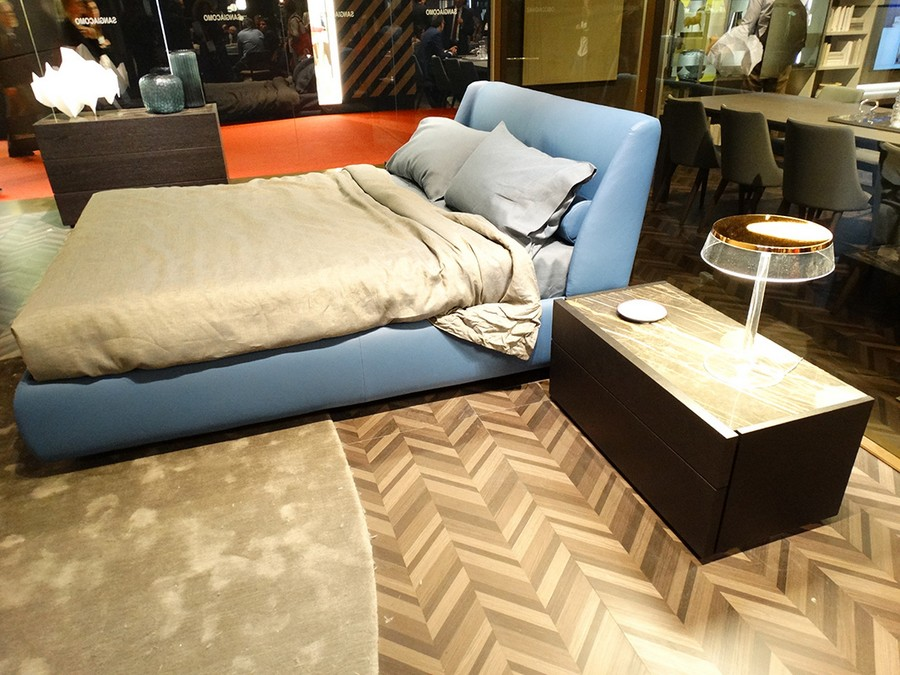 8-5-Sangiacomo-new-collection-of-contemporary-style-furniture-at-Salone-de-Mobile-Exhibition-Milan-2017-blue-leather-bed-herringbone-floor-pattern