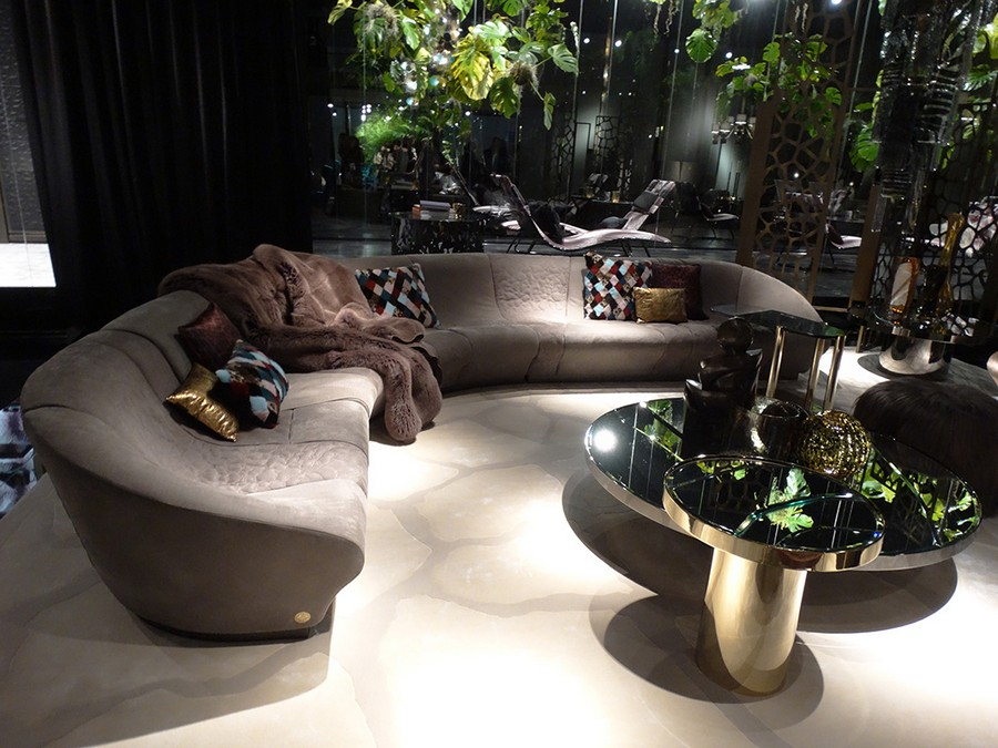 8-7-Roberto-Cavalli-Home-Interiors-new-collection-of-contemporary-style-furniture-at-Salone-de-Mobile-Exhibition-Milan-2017-elegant-corner-sofa-gray-coffee-table