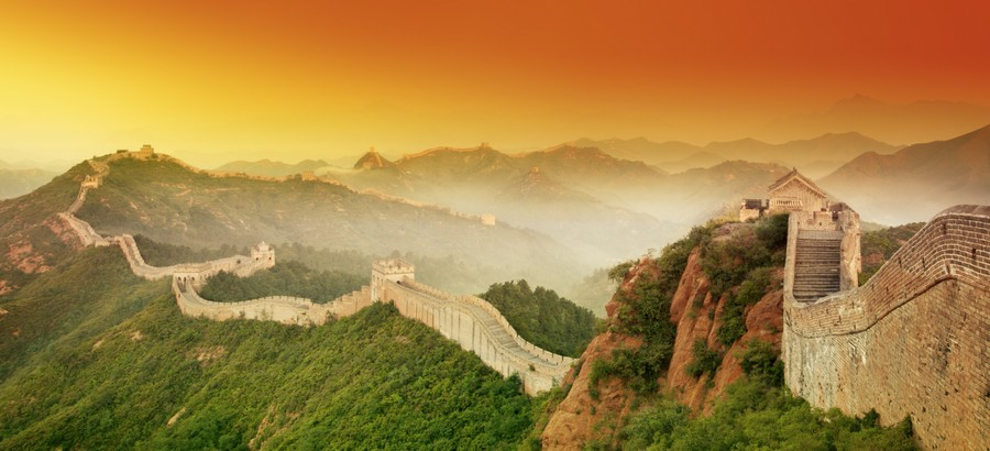 00-the-Great-Wall-of-China-beautiful-view-panoramic-green-hills-trees-sunset-sky