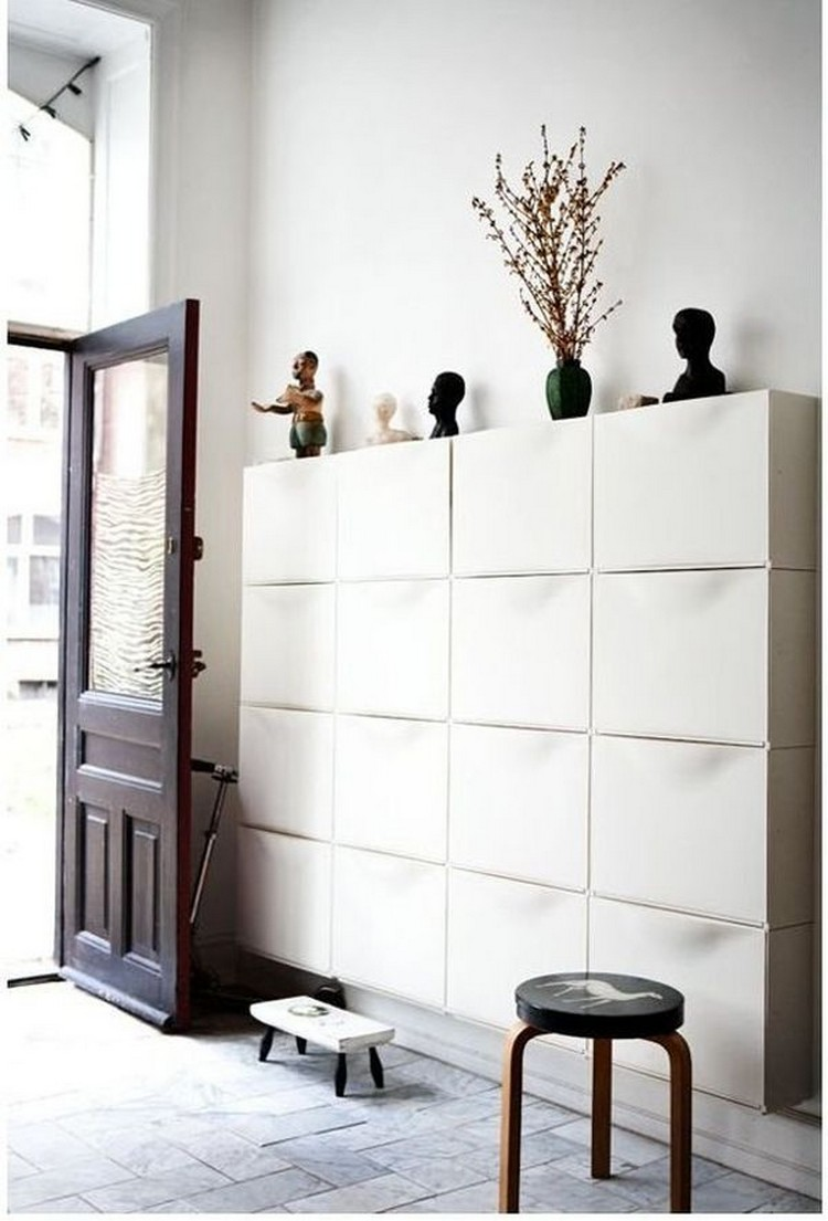 1-2-hallway-entry-room-entrance-hall-mudroom-interior-design-shoe-storage-ideas-cabinet-16-compartments-drawers-black-white-stool