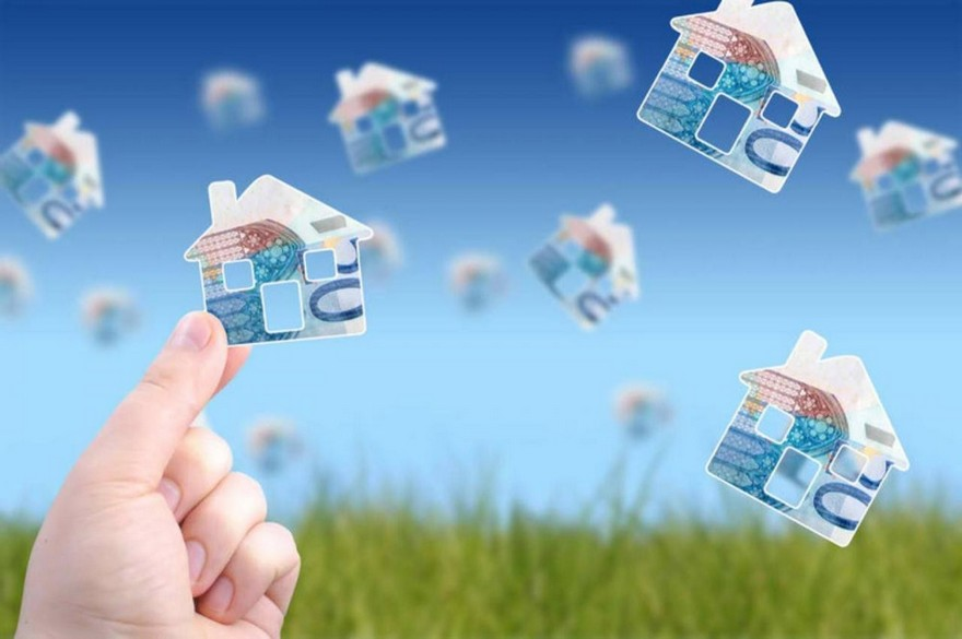 1-buyinh-house-real-estate-market-euro-money