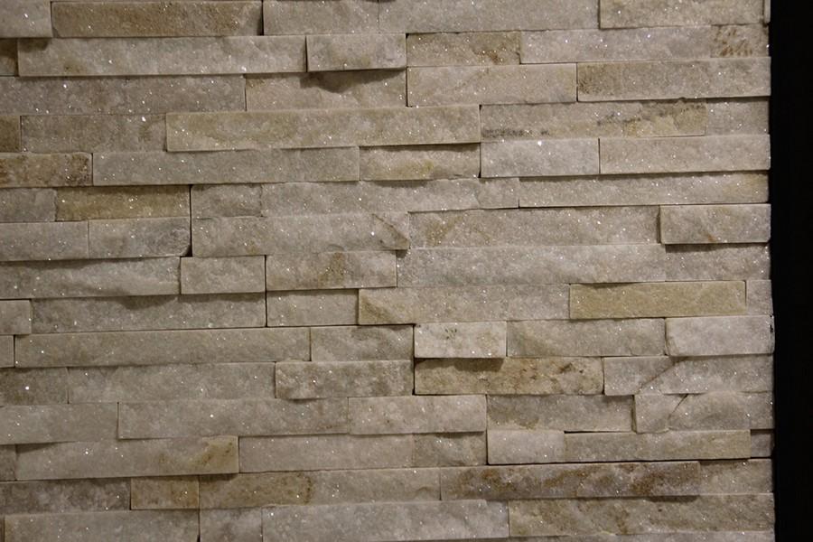 13-9-ceramic-tiles-in-interior-design-Azteca-brand-collection-2017-salt-brick-glimmering-wall-tiles