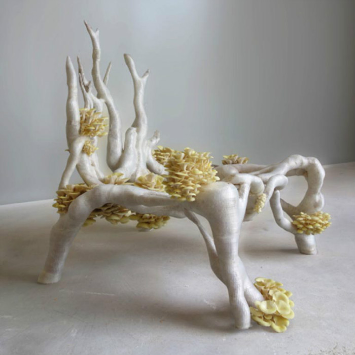 2-2-3D-printed-furniture-made-on-3D-printer-arm-chair-eco-design-by-Eric-Klarenbeek-Dutch-Netherlands-living-chair-mushrooms-bioplastic-mycelium
