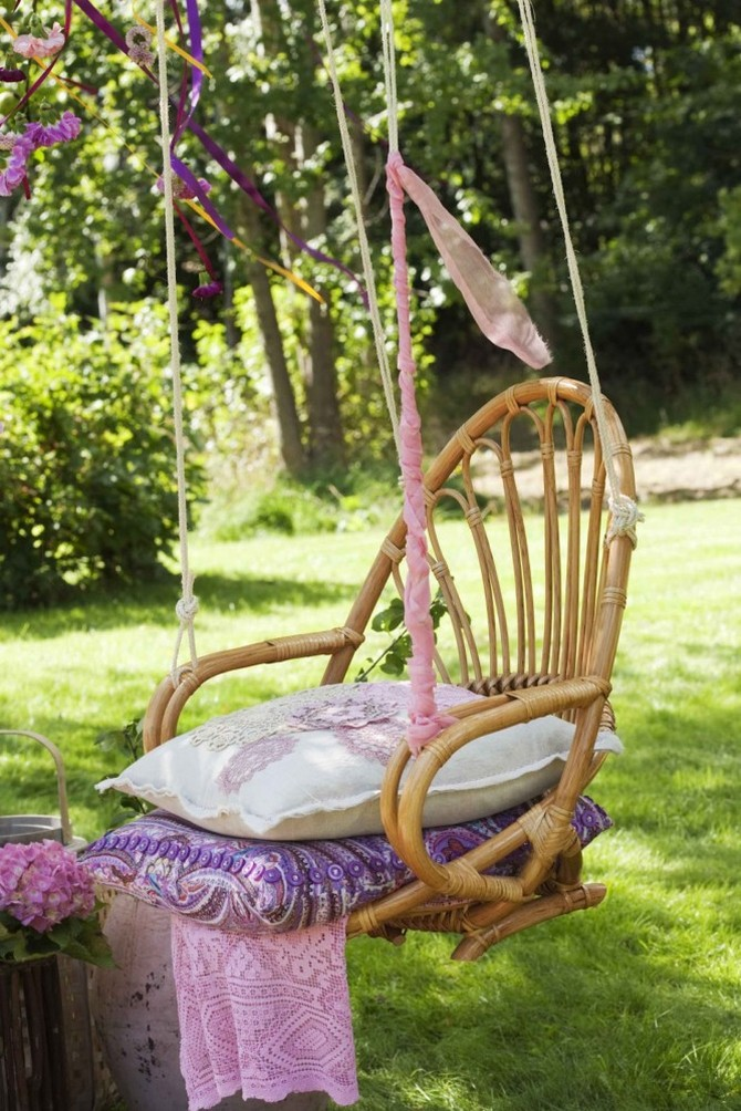 Garden Swing Piece Of D Cor Fun For Adults And Dream For