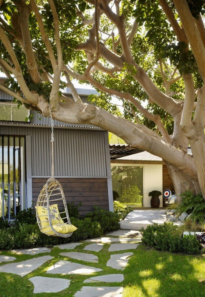 2-3-beautiful-garden-swing-tree-metal-chain-tall-big-tree-suspended-arm-chair-yellow-cushions
