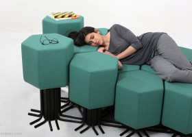 2-6-lift-bit-Italy-Vitra-Carlo-Ratti-design-modular-smart-seat-sofa-remote-digitally-transformable-controlled-furniture-upholstered-hexagonal-geometric