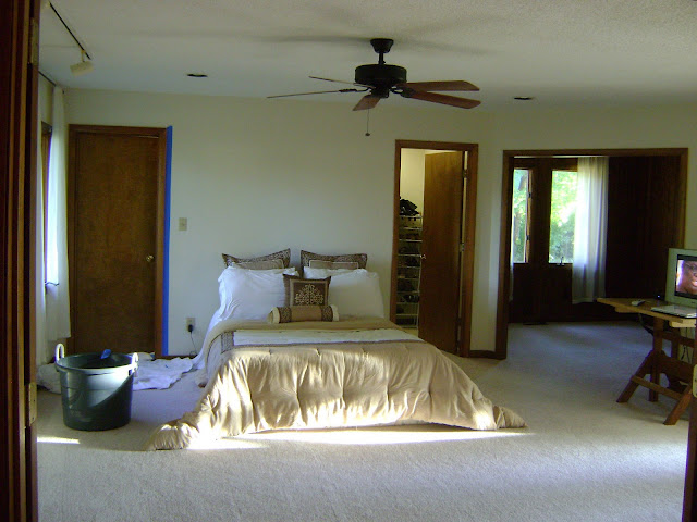 2-traditional-style-bedroom-light-beige-walls-bed-adjoining-room-mattress-ceiling-fan-writing-desk