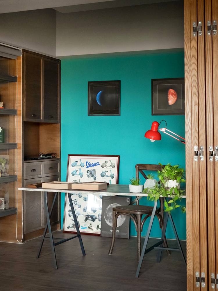 Interior Kitchen Design With Tv Room: Cozy Interior With A Huge Kitchen For A Young Taiwanese