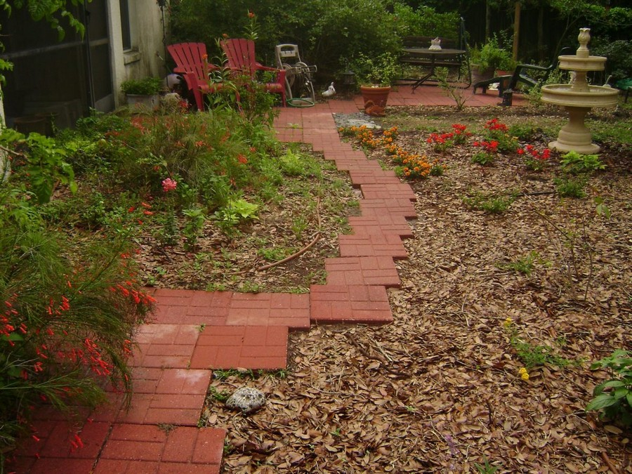 3-2-garden-path-design-ideas-walkway-pathway-rubber-tiles