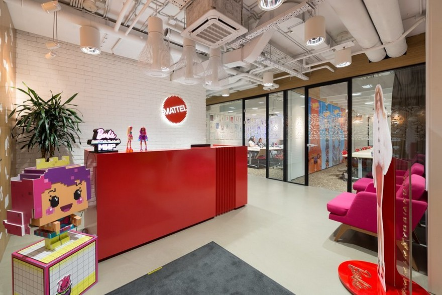 4-1-Mattel-office-interior-design-Russia-Moscow-toys-seller-reception-zone-white-walls-floor-tiles-red-reception-desk-bright-pink-arm-chairs-Barbie-doll-exposed-ceiling-wires-pipes