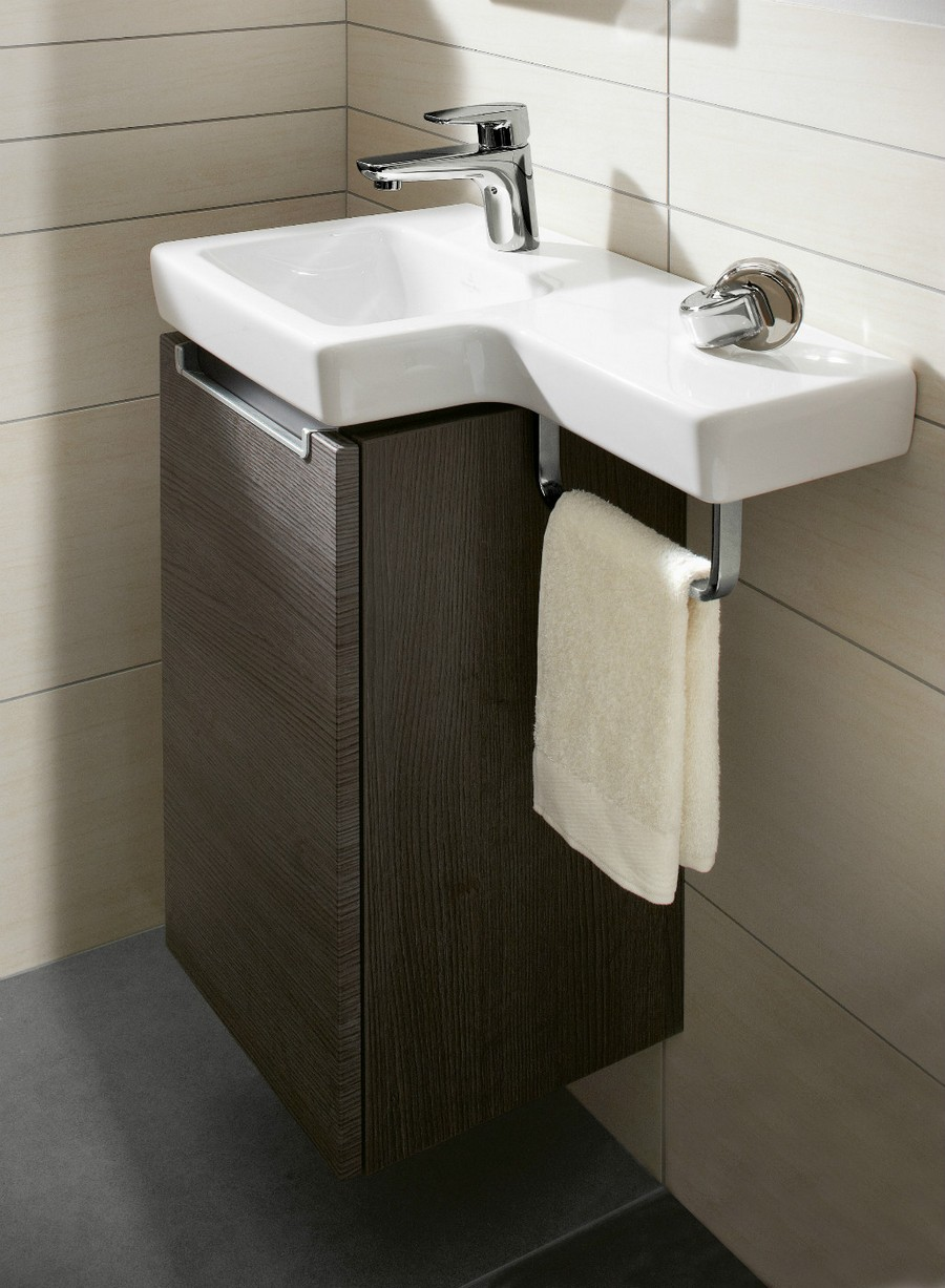 4-3-Villeroy-&-Boch-beige-bathroom-interior-design-wash-basin-vanity-unit-small-wall-mounted-narro-cabinet-towel-holder-rectangular-wall-tiles