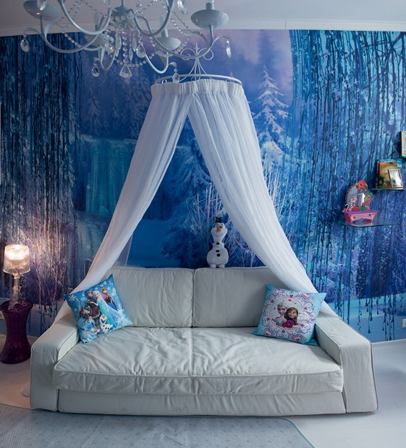 4-white-blue-purple-kid's-girl's-room-bedroom-interior-design-Frozen-film-canopy-bed-throw-pillows-sofa-Elsa-Anna-Olaf-glass-shelves-chandelier-with-crystal-pendants-wall-covering-mural-wallpaper-winter-theme