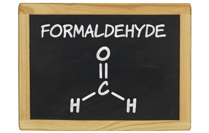 5-formaldehyde-formula-on-blackboard