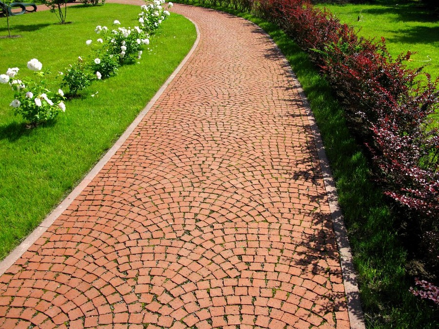 6-1-garden-path-design-ideas-walkway-pathway-clinker-bricks